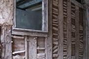 Portál a vjezd do Haus zur Sonne v průběhu restaurování