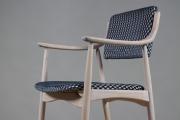 Židlové křeslo, 70. léta 20. století, Německo.  Čalouněno látkou Pepino Gunmetal.