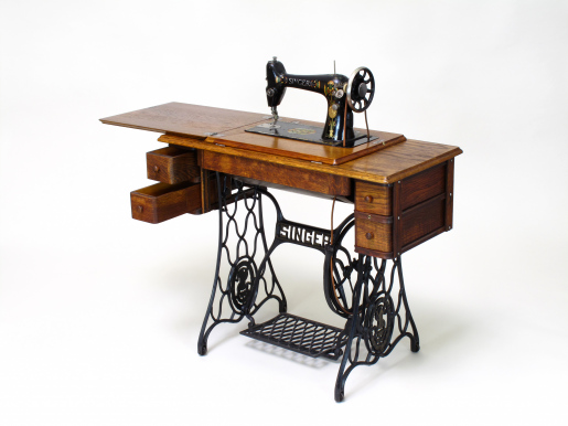Šicí stroj Singer po restaurování